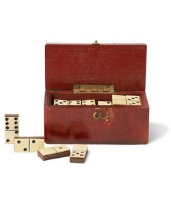 Foundwell Vintage | 1880s Set Of Miniature Wood Dominoes