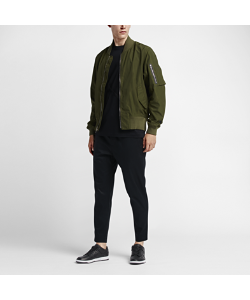 Nike | Мужская Куртка Lab Essentials Bomber