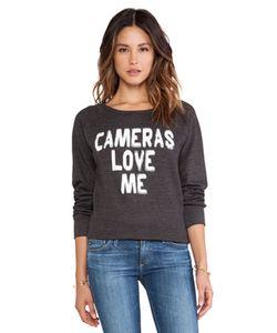 Local Celebrity | Свитшот Cameras Love Me