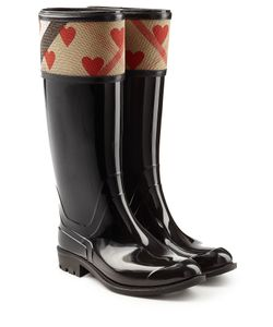 Burberry | Patent Wellington Boots With Heart Print Gr. It 36