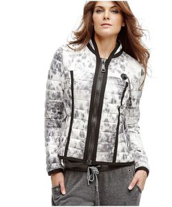Guess   Куртки