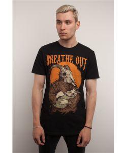 BREATHE OUT | Футболка Goat