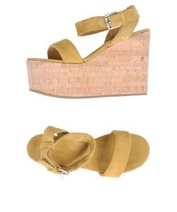 A Trois | Обувь На Танкетке