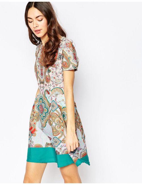 Sugarhill Boutique | Женское Многоцветное Короткое Приталенное Платье С Узором Пейсли