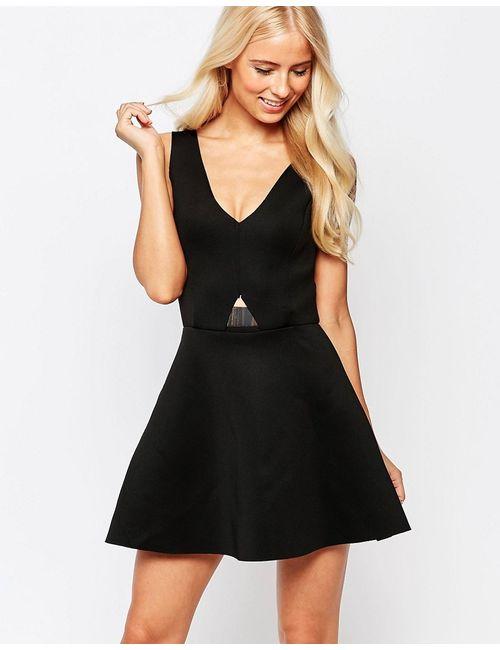 AX Paris   Женское Чёрное Короткое Приталенное Платье С Золотистой Пластиной Черный