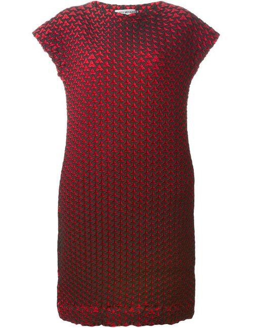 Issey Miyake | Женское Красное Платье-Шифт С Геометрическим Узором
