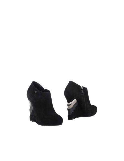 Le Silla   Женские Чёрные Ботинки