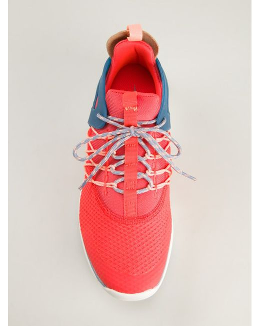 Кроссовки Flyknit Nike                                                                                                              розовый цвет