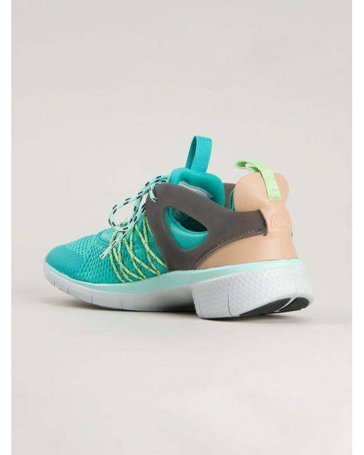 Кроссовки Flyknit Nike                                                                                                              синий цвет