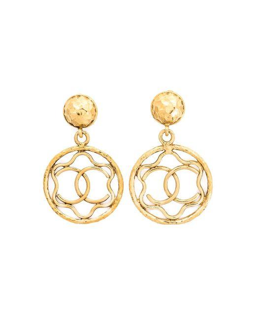 Logo Hoop Clip-On Earrings Chanel Vintage                                                                                                              желтый цвет