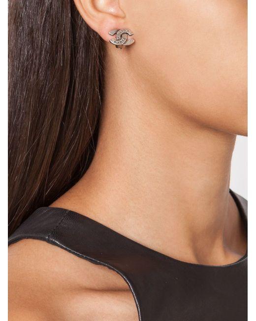 Logo Clip-On Earrings Chanel Vintage                                                                                                              серый цвет