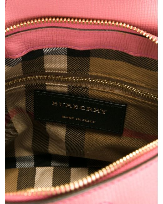 Small Buckle Detail Tote Burberry                                                                                                              розовый цвет