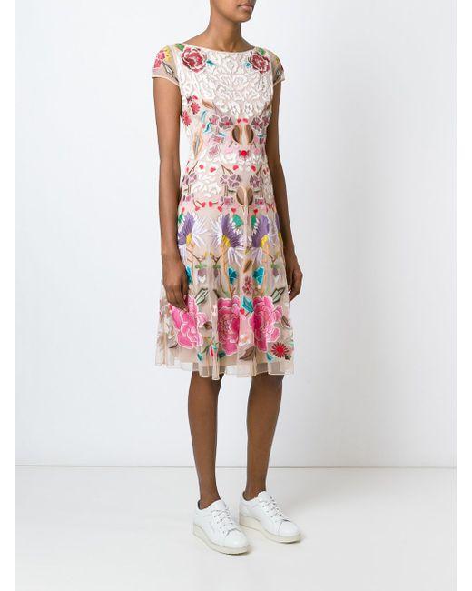 Flower Embroidered Shortsleeved Dress Temperley London                                                                                                              Nude & Neutrals цвет