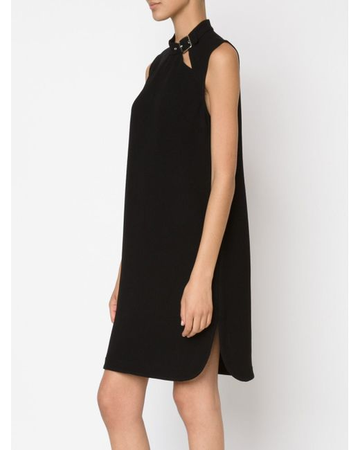 Платье С Пряжкой На Воротнике NOMIA                                                                                                              чёрный цвет