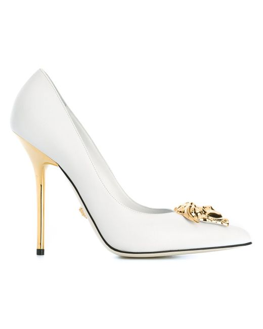 Туфли Medusa Versace                                                                                                              белый цвет
