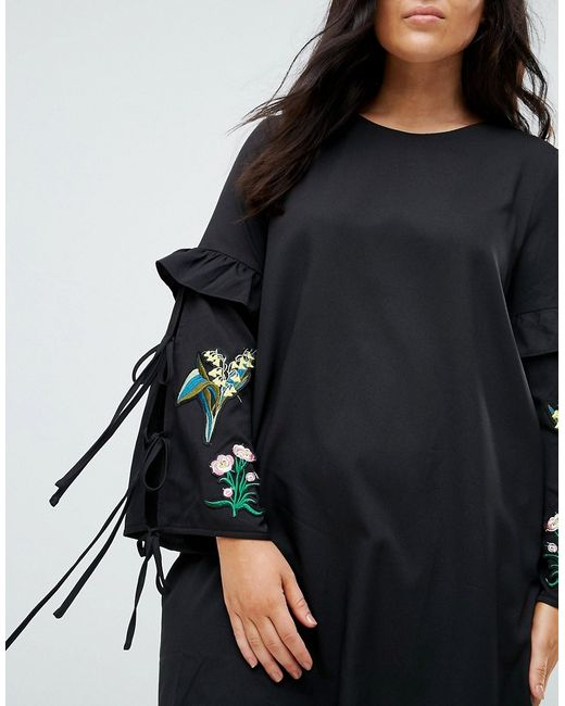Платье С Вышивкой И Кисточками Boohoo Plus                                                                                                              чёрный цвет