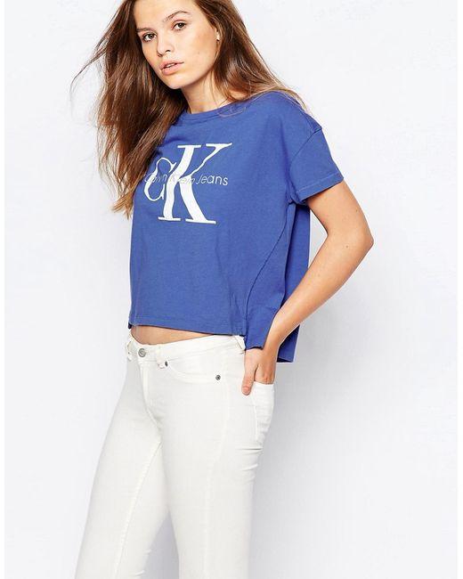 Прямая Укороченная Футболка С Логотипом Jeans Синий Calvin Klein                                                                                                              синий цвет