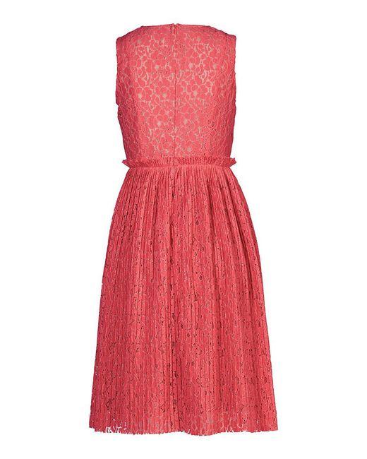 Платья Apart                                                                                                              розовый цвет