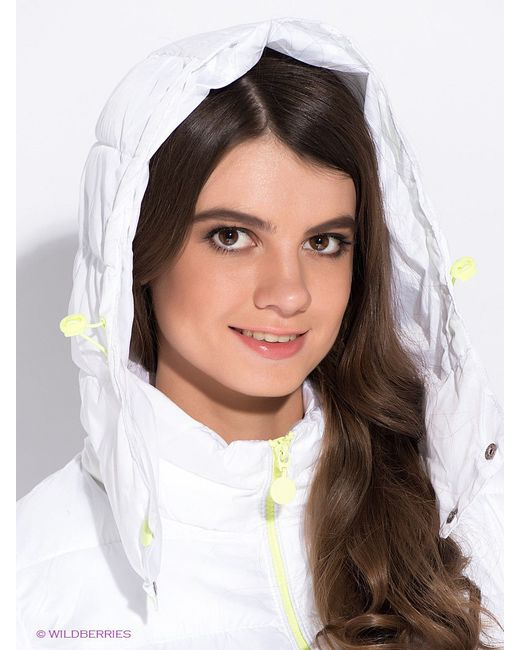 Куртки Oodji                                                                                                              белый цвет