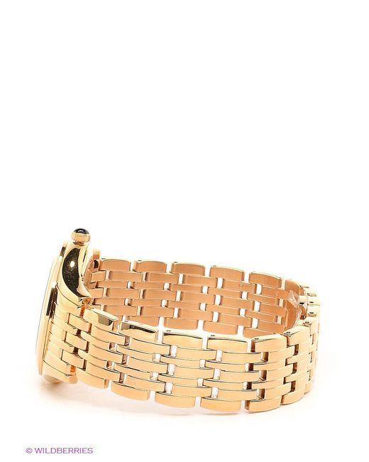 Часы Salvatore Ferragamo                                                                                                              Золотистый цвет
