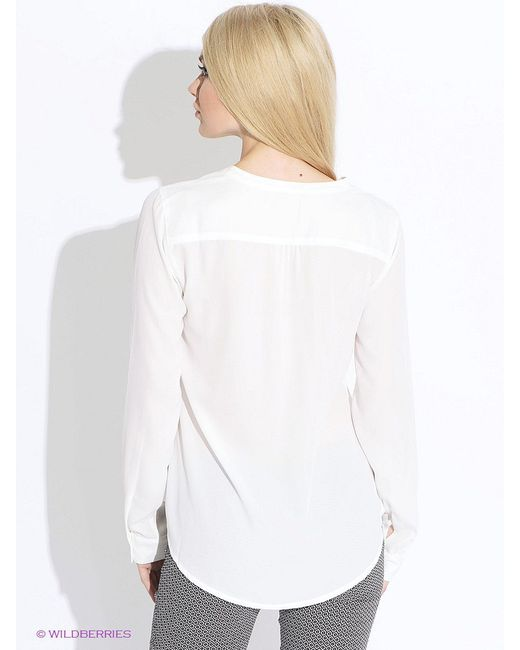 Блузки MOTIVI                                                                                                              белый цвет