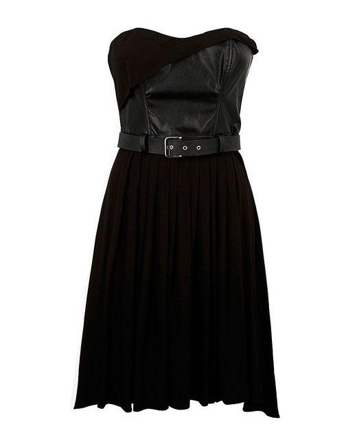 Платья Guess                                                                                                              чёрный цвет