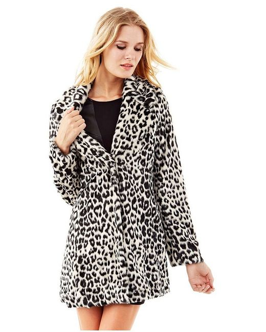 Пальто Guess                                                                                                              чёрный цвет