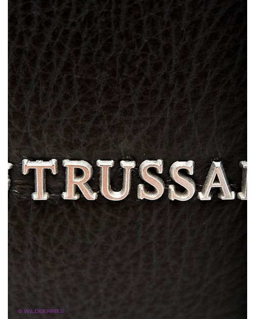 Сумки Trussardi                                                                                                              чёрный цвет