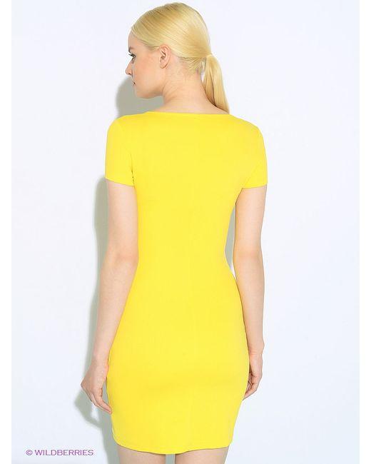 Платья Colambetta                                                                                                              желтый цвет