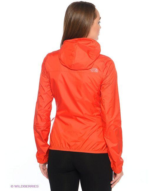 Куртки The North Face                                                                                                              красный цвет