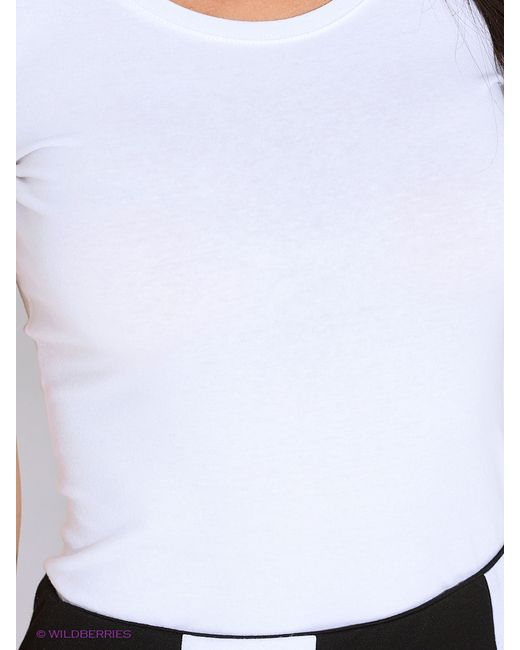 Футболка Oodji                                                                                                              белый цвет
