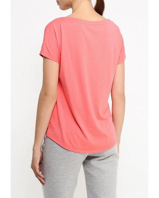 Футболка adidas Neo                                                                                                              розовый цвет