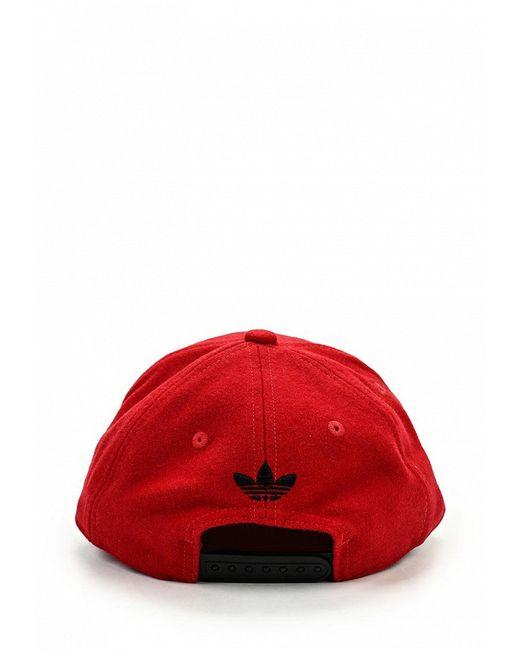 Кепка adidas Originals                                                                                                              красный цвет
