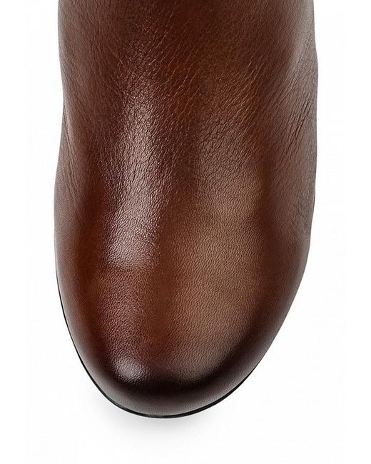 Сапоги Caprice                                                                                                              коричневый цвет