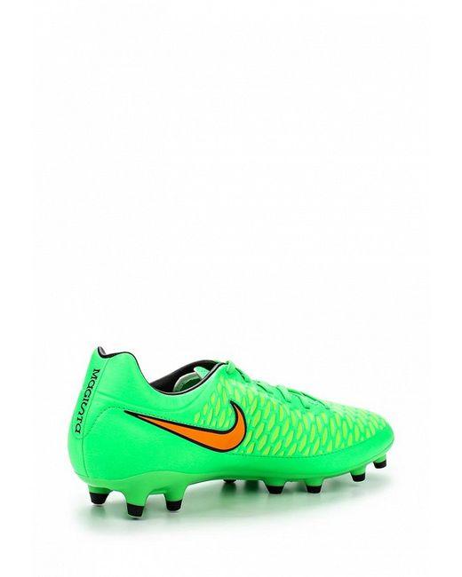 Бутсы Nike                                                                                                              зелёный цвет