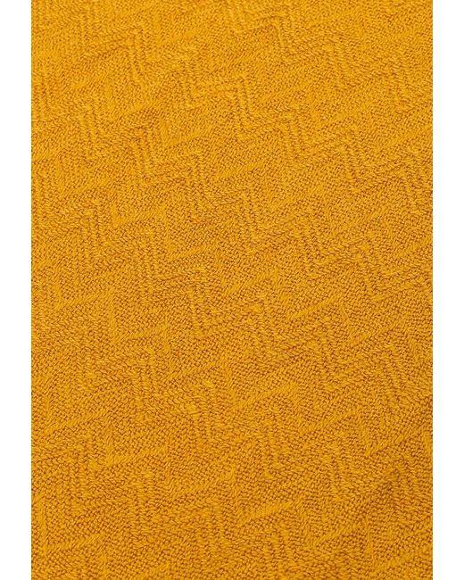 Палантин Vitacci                                                                                                              оранжевый цвет