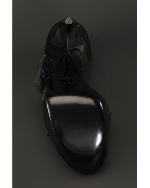 Босоножки Roger Vivier                                                                                                              чёрный цвет