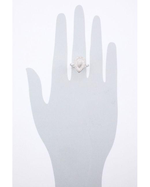 Кольцо Tesoro                                                                                                              белый цвет