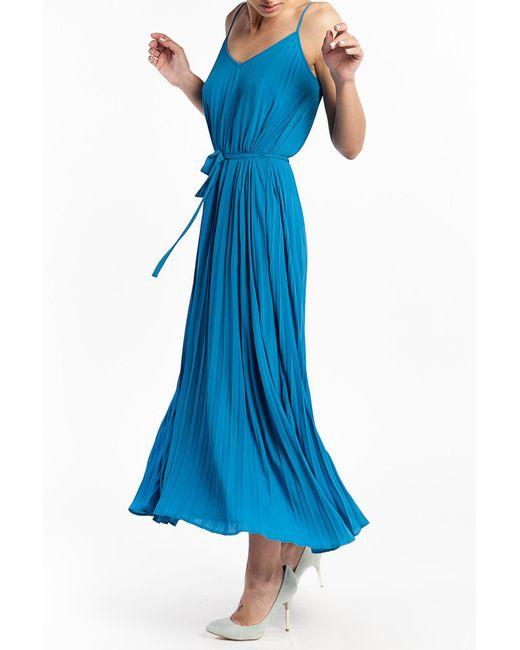 Платье Tom Farr                                                                                                              голубой цвет