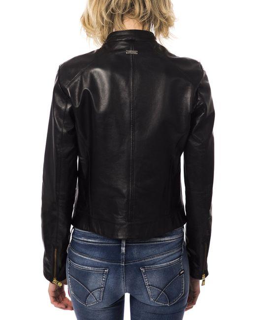 Куртка Trussardi                                                                                                              чёрный цвет