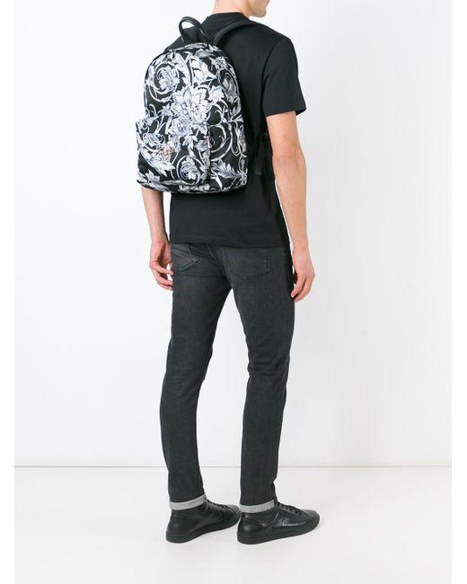 Рюкзак С Принтом Барокко Versace                                                                                                              чёрный цвет