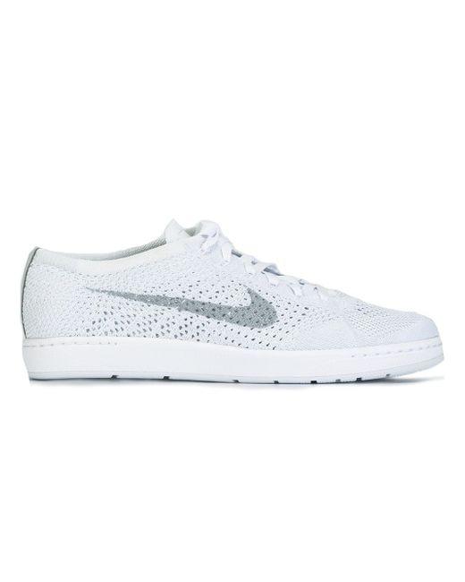 Кроссовки Tennis Classic Ultra Flyknit Nike                                                                                                              серый цвет