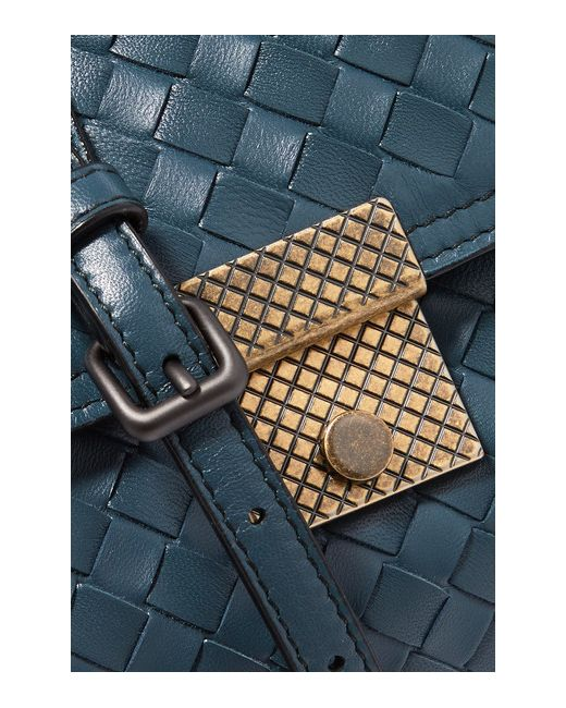 Intrecciato Leather Shoulder Bag Bottega Veneta                                                                                                              голубой цвет