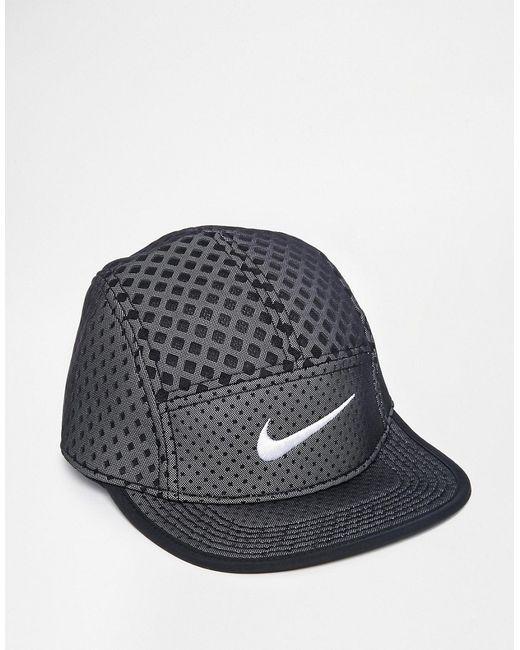 Nike | Чёрная Кепка Seasonal Veneer 704505-010