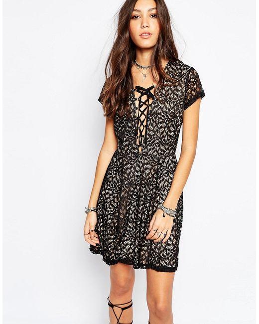 WYLDR | Женское Чёрное Кружевное Чайное Платье Со Шнуровкой Спереди Hayley