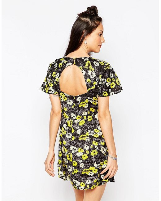 Motel   Женское Жёлтое Платье С Открытой Спиной И Желтым Принтом
