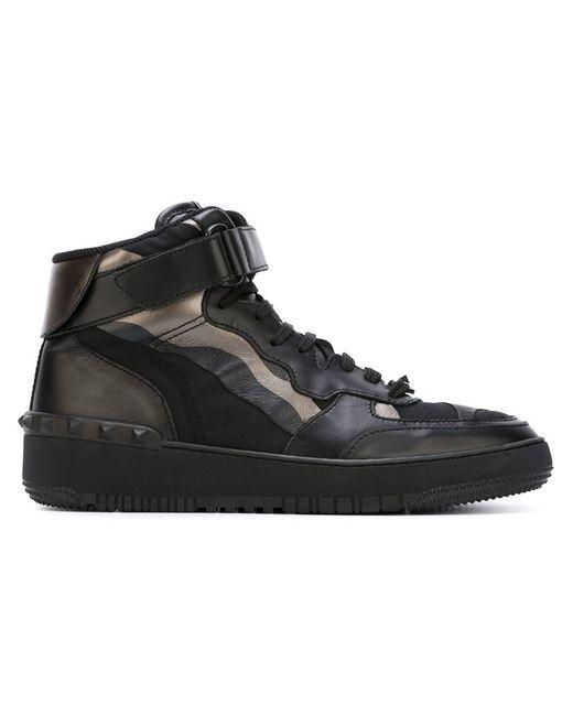 Valentino Garavani   Мужское Чёрный Rockstud Camouflage Hi-Top Sneakers