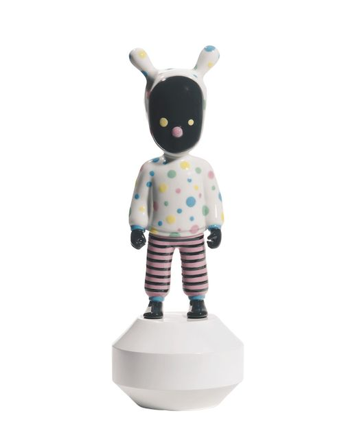 LLADRÒ | Многоцветный Small The Guest By Devilrobots