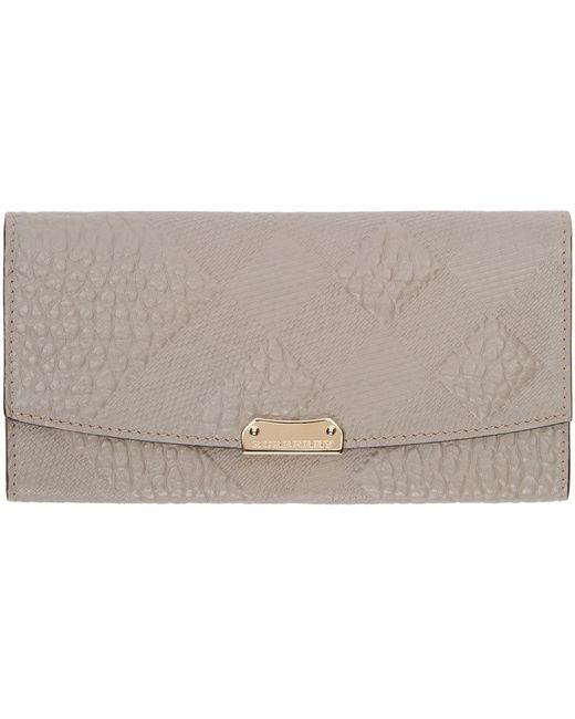 Burberry London   Серый Grey Leather Embossed Porter Wallet